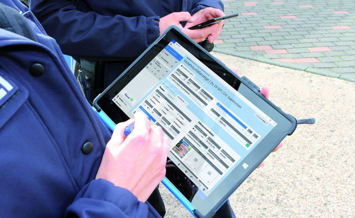 Polizei – Endlich Digital statt mit Stift und Papier