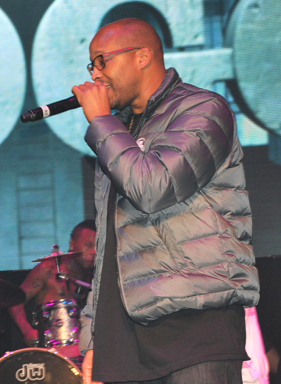Von Connie Lodge - Warren G and Kurupt, CC BY-SA 2.0, https://commons.wikimedia.org/w/index.php?curid=68759451